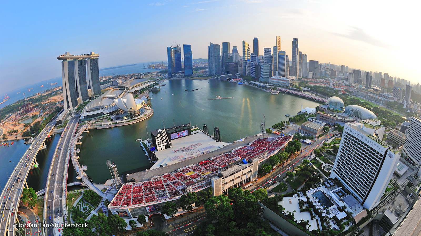 marina bay.jpg - A Guide to Buying Luxury Condos in Singapore